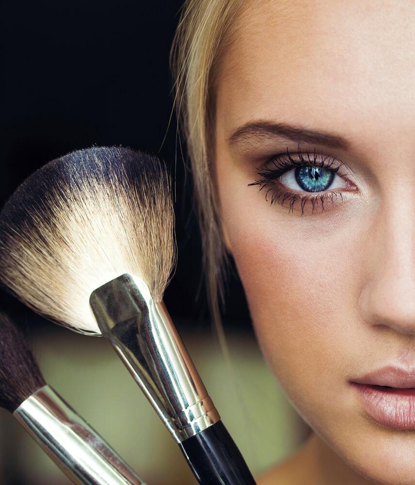 11 Anti Aging Makeup Tricks Drop Decades