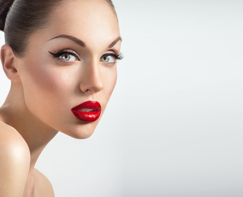 Forever Young With PRP Blood Facial & Facelift