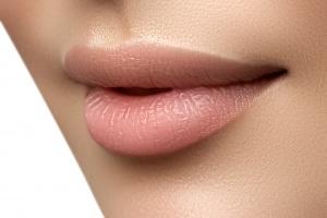 Lip Fillers vs. Lip Kits