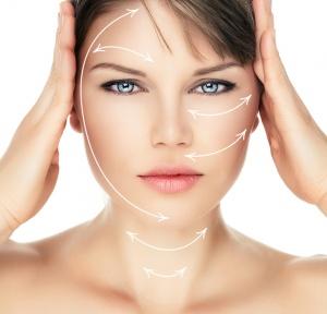Liquid Facelift Procedure vs. Plastic Surgery